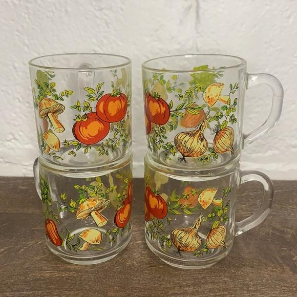 VTG Clear Glass Mugs w/ Vegetable Design- Set 4